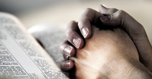 myholytrinity-Praying_the_Psalms